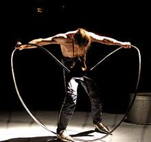 Oeuvre Cirque ici de Johann Le Guillerm