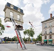 Oeuvre Monte-meubles, <br/>l'ultime déménagement de Leandro Erlich
